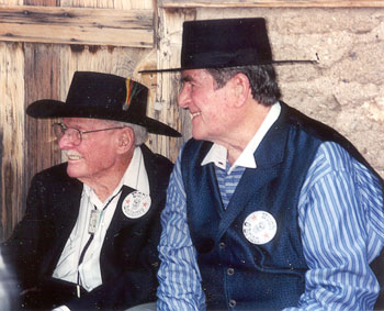Earl Bellamy and Hugh O'Brian at Tombstone Festival in 2001.