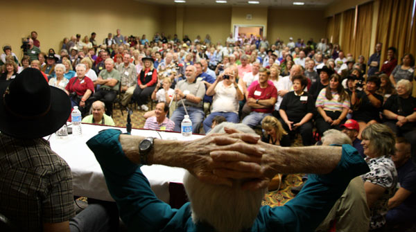 "It was standing room only at ""The Virginian"" panel."