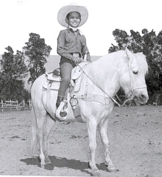 Jug on his only trick riding pony, Highbrow. Over his lifetime Don learned to train a number of animals both domesticated and wild. He trained horses and ponies more than any other animal.