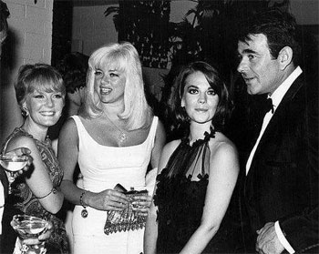 """Cimarron Strip""—Stuart Whitman with three lovlies..singer Petula Clark, actresses Diana Dors and Natalie Wood."