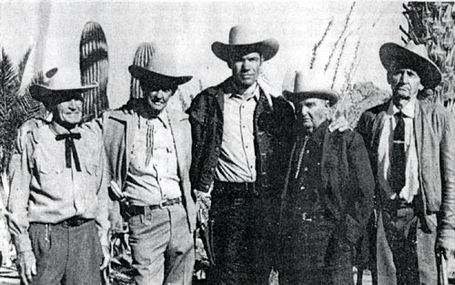 "Kelo Henderson of ""26 Men"" with four of the five original Arizona Rangers who were alive when the series was filmed. (L-R) John Redmond, William O. Parmer, Clarence Beaty, Joe Pearce."