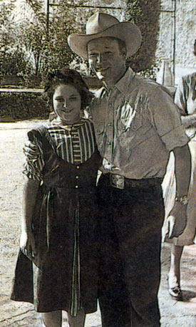 Roy with Carol Rice in 1949. Carol is the daughter of Darol Rice, a member of the Riders of the Purple Sage. (Thanx to Frank Story.)