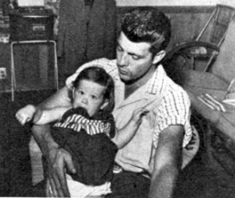 Dale Robertson and daughter Rochelle in 1955.