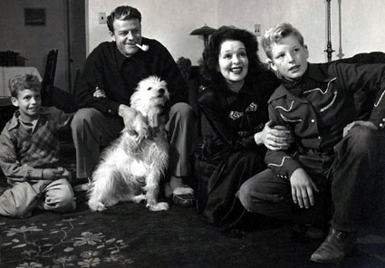 Rex Bell, Clara Bow and family in the '40s. (Thanx to Bobby Copeland.)