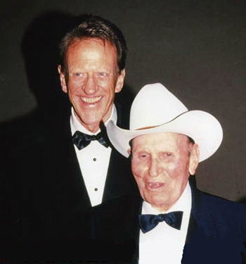 Two western icons: James Arness and Gene Autry. (Thanx to Jerry Whittington.)
