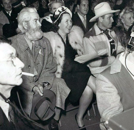 Gabby Hayes, Ina Autry, Gene Autry and Vera Ralston at a Republic Pictures function. (Thanx to Jerry Whittington.)