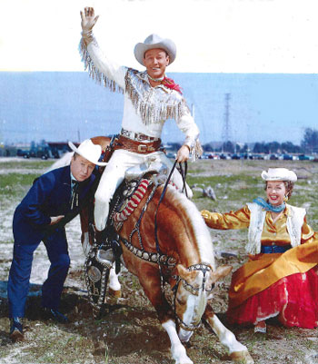 Having a little fun with Trigger...comedian George Gobel, Roy Rogers and Dale Evans. (Thanx to Janet Brayden and REMINISCE magazine.)