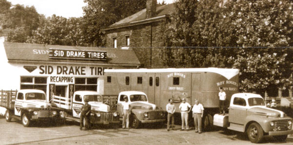 Large Ford trailer truck parked at Alton, IL, circa 1950. The truck belonged to Roy Rogers and transported his Liberty Horses.