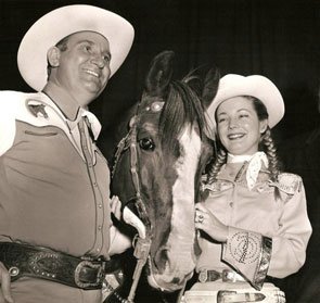 Gene Autry and Gail Davis as Annie Oakley at a rodeo appearance in the late '50s.