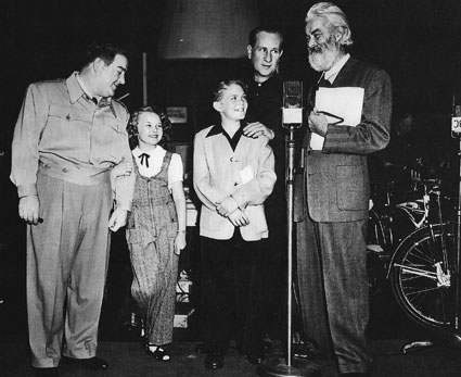 Abbott and Costello and Gabby Hayes at a children's benefit. (Thanx to Roy Bonario and Chris Costello.)